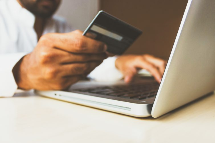 The Best Credit Cards for Online Shopping in 2020
